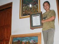 Lukisan Butter Fly Milik Ratna Raih Penghargaan MURI