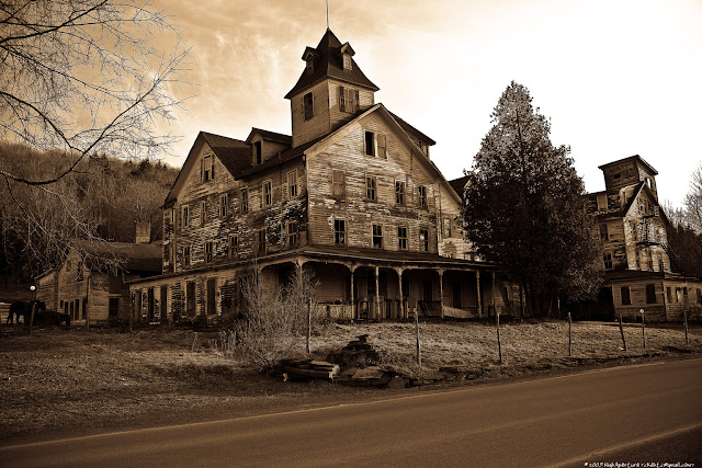 Haunted house, real haunted house, ghost house, a haunted house, the haunted house.