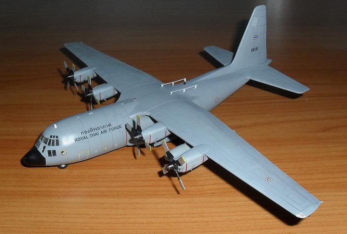 1/144 C-130 H / RTAF
