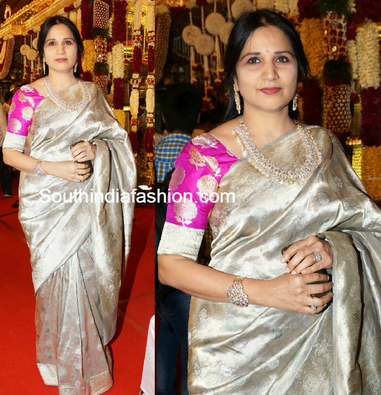 hyderabad socialite in silver kanjeevaram saree