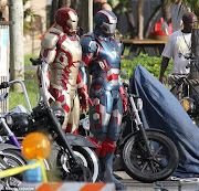 Iron Man 3 Set Photo (New Armor). Here is a set photo from Iron Man 3 with .