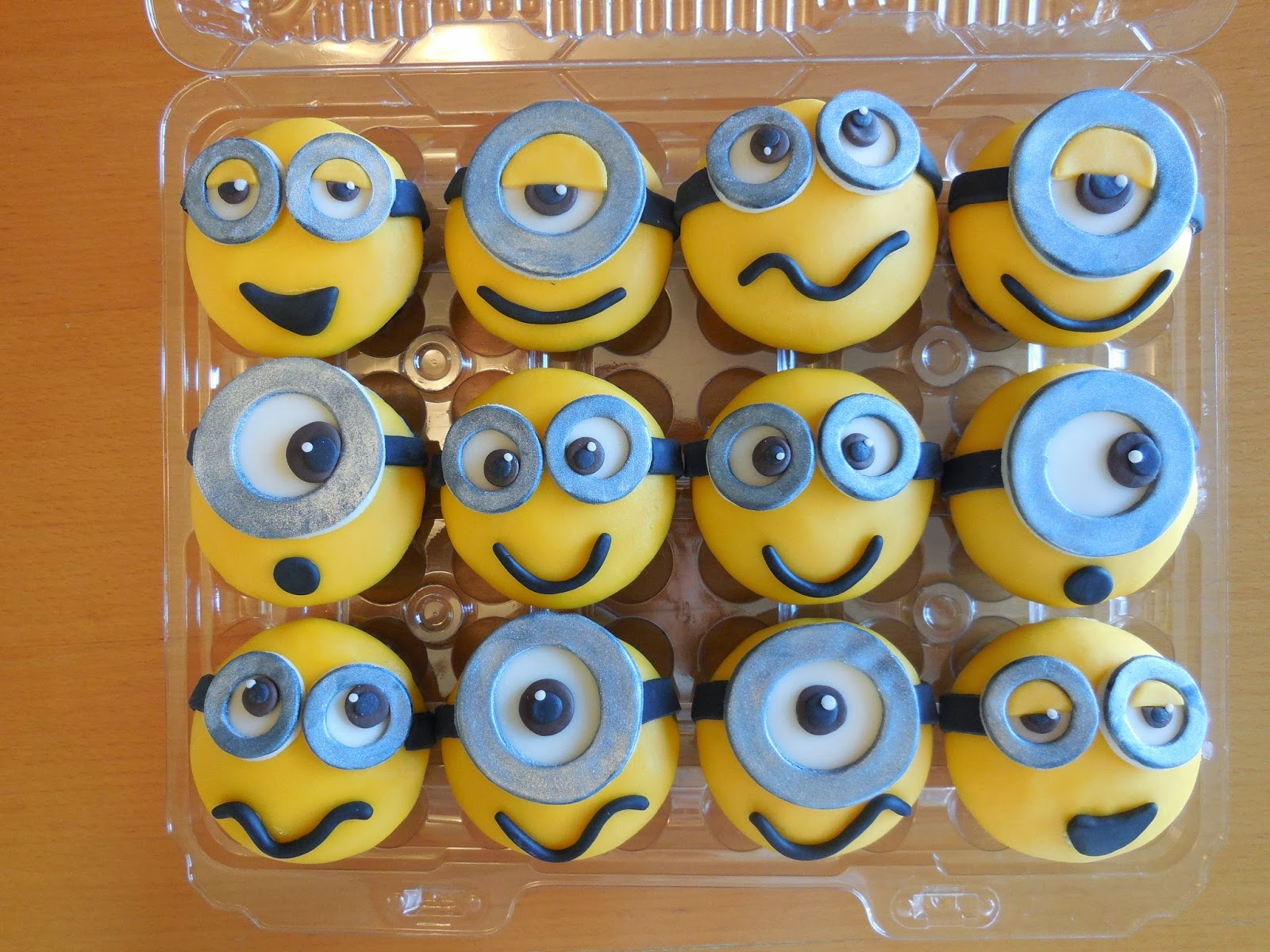 Custom cakes by lori 3d minion birthday cake with minion cupcakes custom cakes by lori baditri Image collections