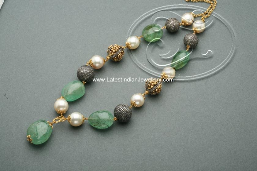 Emerald Glass Beads Necklace