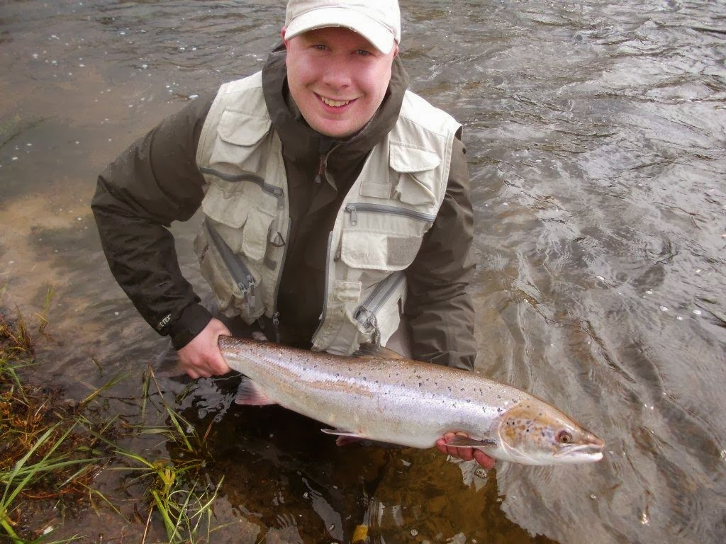 Dee don salmon fishing december 2013 for Salmon fishing near me