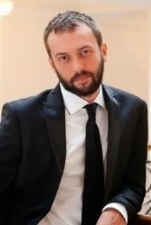 Biodata Okan Yalabık Pemeran Pargalı İbrahim Pasha