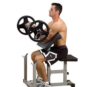 Cara Membentuk Otot Bicep dengan Latihan Barbell