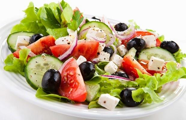 Χωριάτικη σαλάτα - Συνταγή