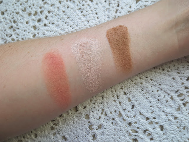 a picture of Tarte Showstopper Clay Palette ; Fame, Champagne Pink, Park Ave Princess (swatch)