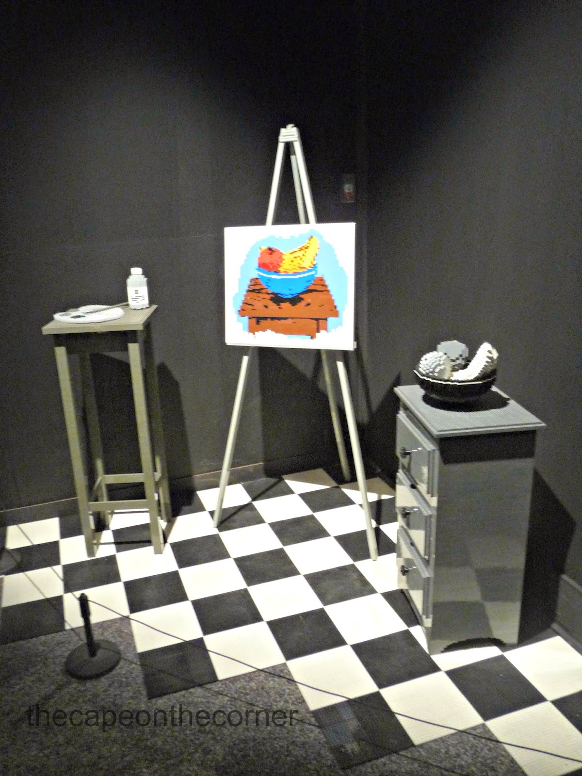www.thecapeonthecorner.blogspot.com