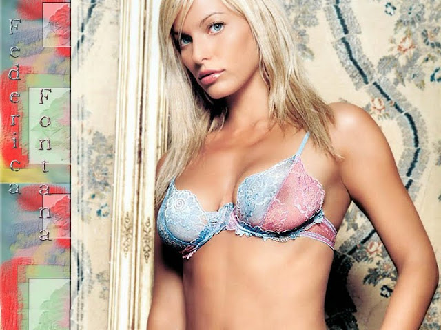 Model Federica Fontana sexy in swimsuit