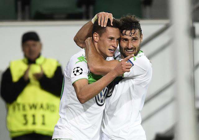 O talentoso Julian Draxler deu a vitória ao Wolfsburg sobre o CSKA Moscou (foto: TOBIAS SCHWARZ / AFP)
