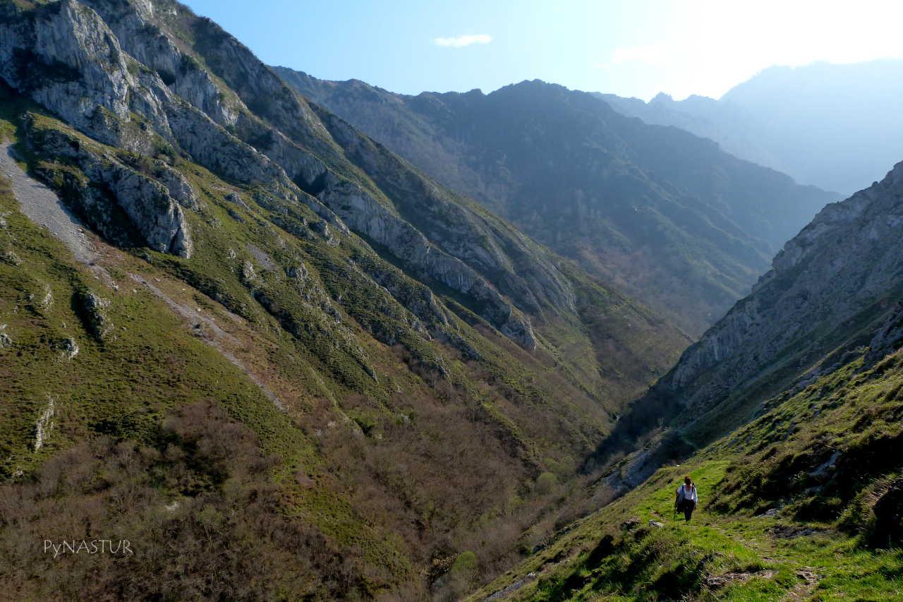 Valle del Río Semeldón - Parque Natural de Ponga - Asturias