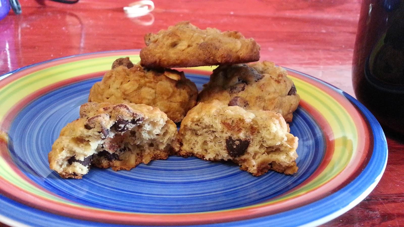 Elfie's Edibles: Banana Oatmeal Chocolate Chip Cookies