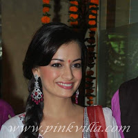 Dia mirza went to golecha jewellers store