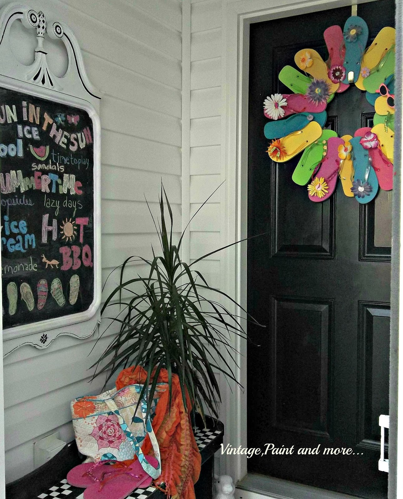 Vintage, Paint and more... chalkboard, wreath made from flip flops, hot colors of summer