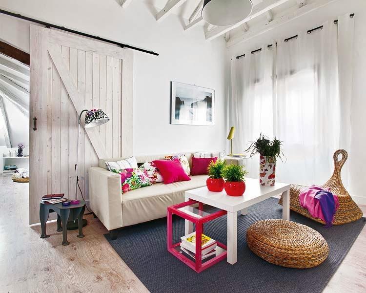 Eclecticismo a todo color en una casa bohemia