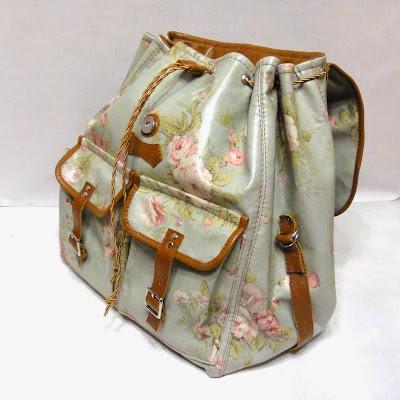 Молодежный голубой рюкзак шебби шик с розами для города