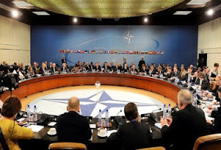 """Η Γερμανία χτυπάει ανοιχτά την Τουρκία: """"Έξω από το ΝΑΤΟ και ούτε να σκέφτεστε την είσοδο σας στην ΕΕ"""