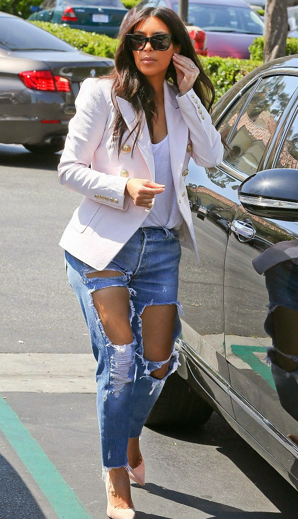 kim kardashian in ripped jeans