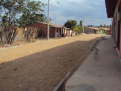 Calçamento no bairro do Matadouro.