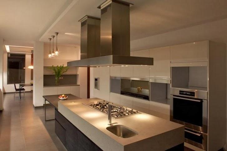 Kitchen in Casa del Agua by Almazán Arquitectos Asociados