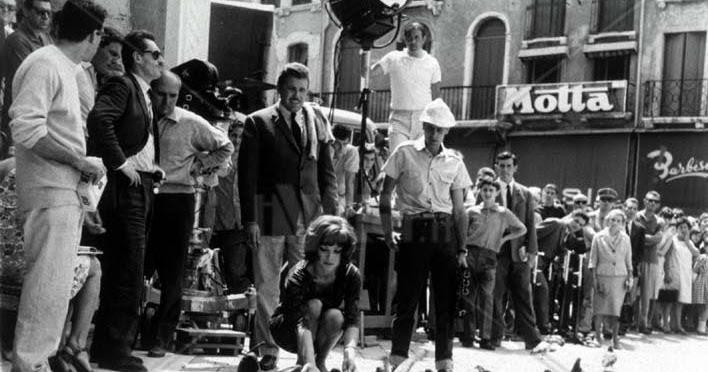 Guazzington Post: Costanza Miriano, Pietro Germi e il flirt con Philip Roth. Pratica che strema ...