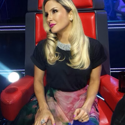 Esmalte de Cláudia Leite - The Voice Brasil (21.11.2013)