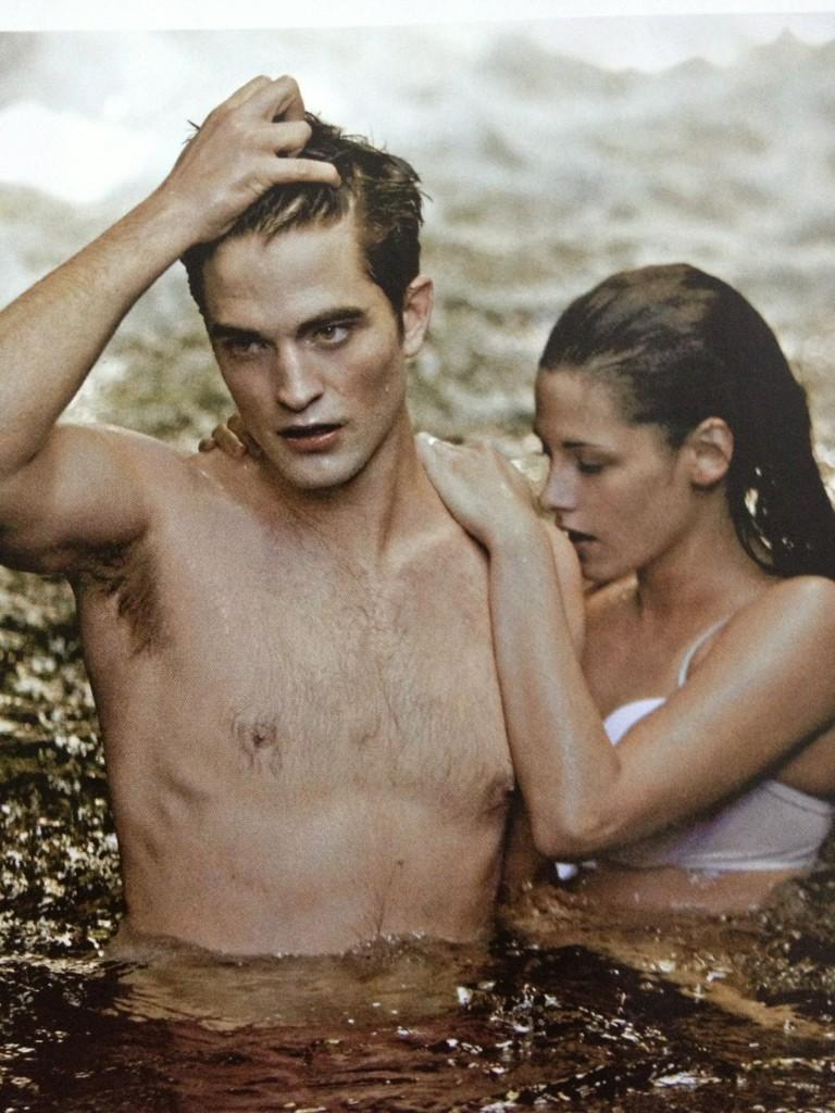 """robsessed™ - addicted to robert pattinson: new """"breaking dawn part 1"""