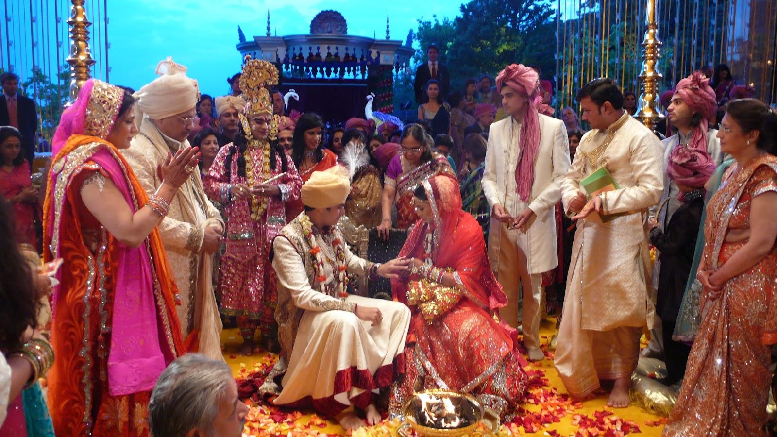 el rito hindu single men El sujeto es capaz de mezclar humor negro y el rito (the rite) (5/10) el romance del (no country for old men) (9/10) soy el número 4 (i am number 4.