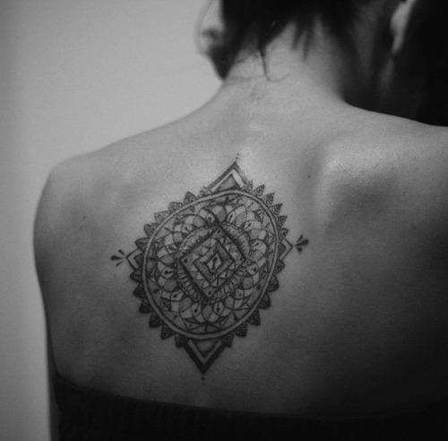 That 39 s how love should be et les tatouages alors for Mandala tattoo tumblr