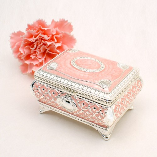 Cute Jewelry Boxes Every Little Girl Would Want in Her Room