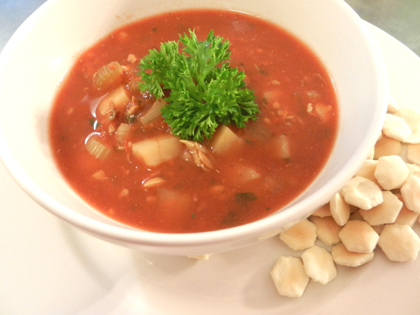 Busy Mom's Slow Cooker Adventures: Manhattan Clam Chowder