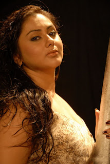 http://1.bp.blogspot.com/-IBuyDUZOwyo/TV4HFovNC_I/AAAAAAAAH9g/Yhv4eXbMWQE/s320/Namitha+Latest+Hot+Photoshoot+Stills_20.JPG
