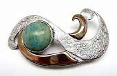 Broche oro fino, plata y cobre NEPTUNO: Dios de los mares, donde rige los vientos y tempestades.