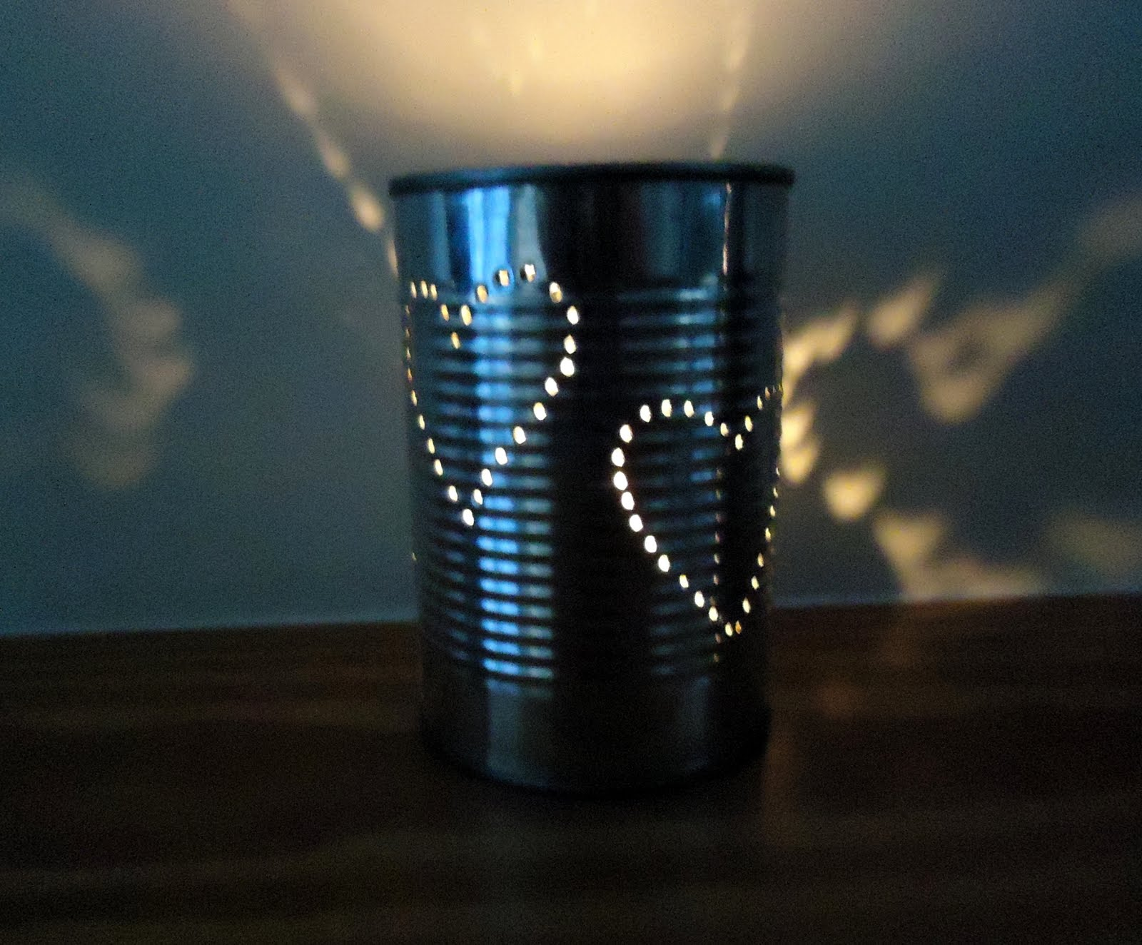 How to make tin can lanterns - Diy Tin Lanterns