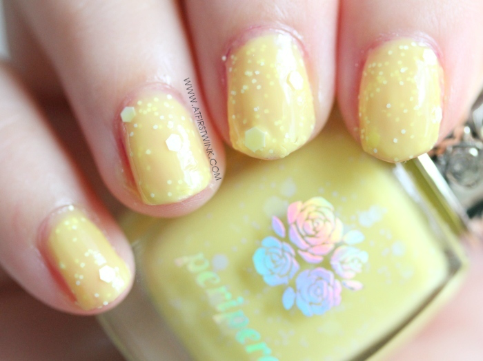 Peripera nail polish YE906 - Lemon Meringue swatch