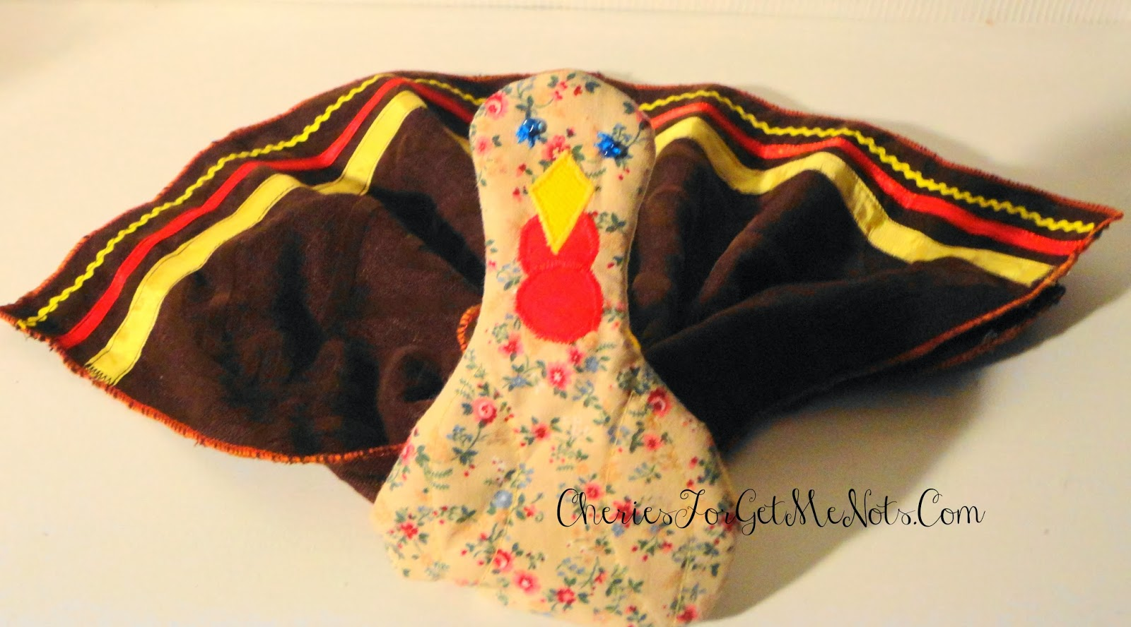 Quilted turkey napkin rings for Turkey napkins