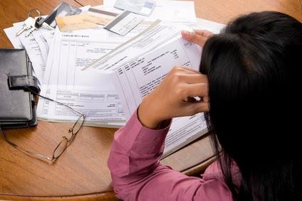 melunasi tagihan kartu kredit
