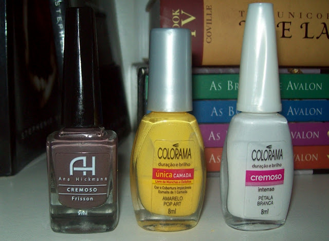 Frisson, Cremoso da Ana Hickmann; Amarelo Pop Art, Única Camada da Colorama; Pétala Branca, Cremoso da Colorama