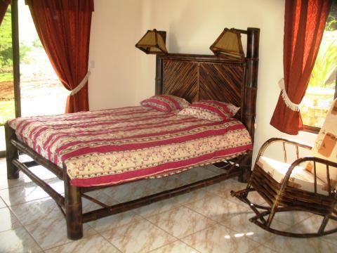 Cabeceros de cama de bambu