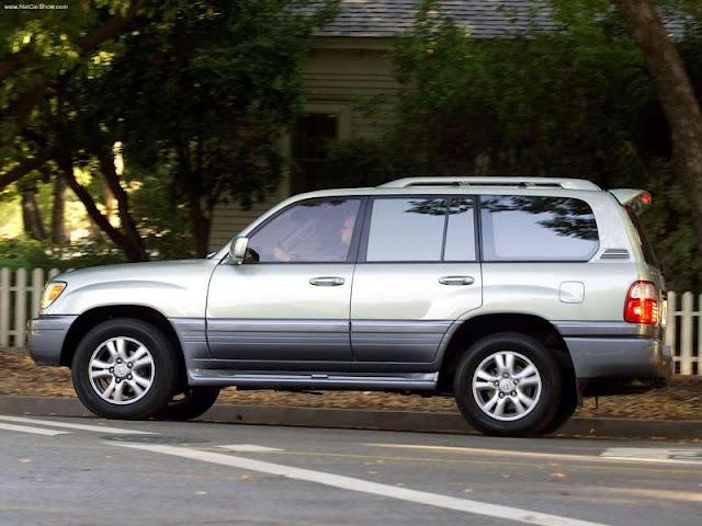 Lexus LX470 (2003)