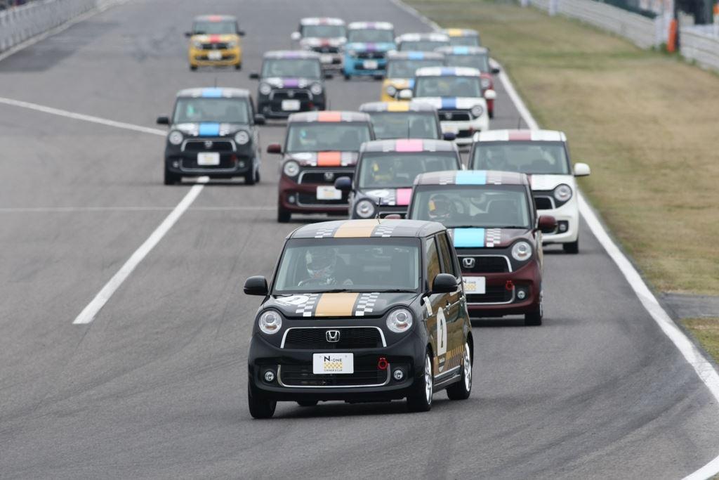 Honda N-One, wyścigi, racing, sportowe samochody, JDM, Japonia, motoryzacja, zdjęcia