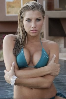 A Look at Absolutely Stunning Sideline Reporter and Sports ...