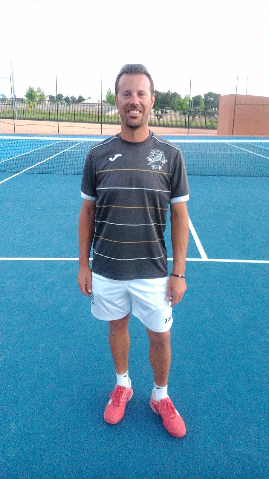 Director de la Escuela : Jorge Cerdá
