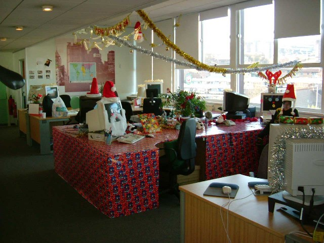 friday december 21 2012 - Christmas Decorations For Work