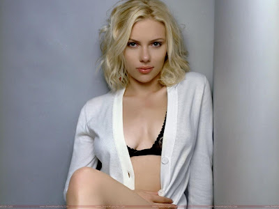 Scarlett Johansson Hollywood Model Wallpaper