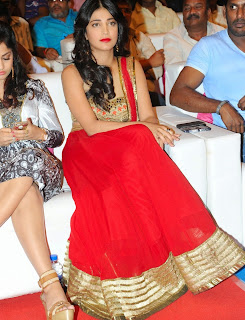 Actress Shruti Haasan Latest Pictures at Poojai Movie Music Release  80