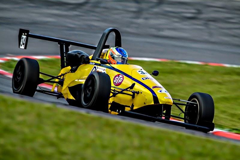 Rodrigo Elger venceu a 1ª prova da rodada