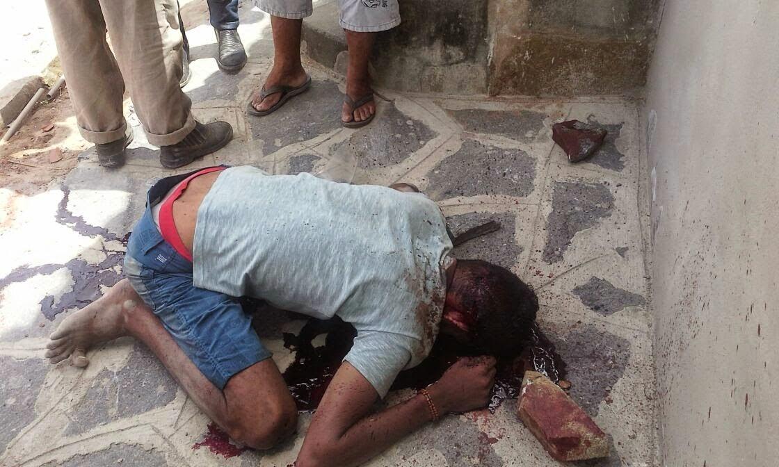 cf3d0dea900 Postado por Elisberto Costa. FOTOS IMAGENS FORTES -Jovem é assassinado com  requintes de crueldade