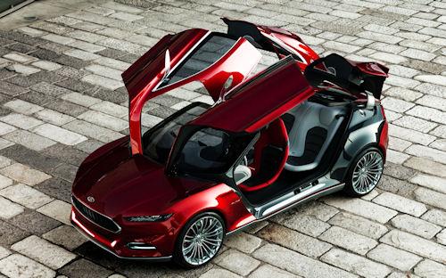 Concepto del Ford Evos puertas abiertas
